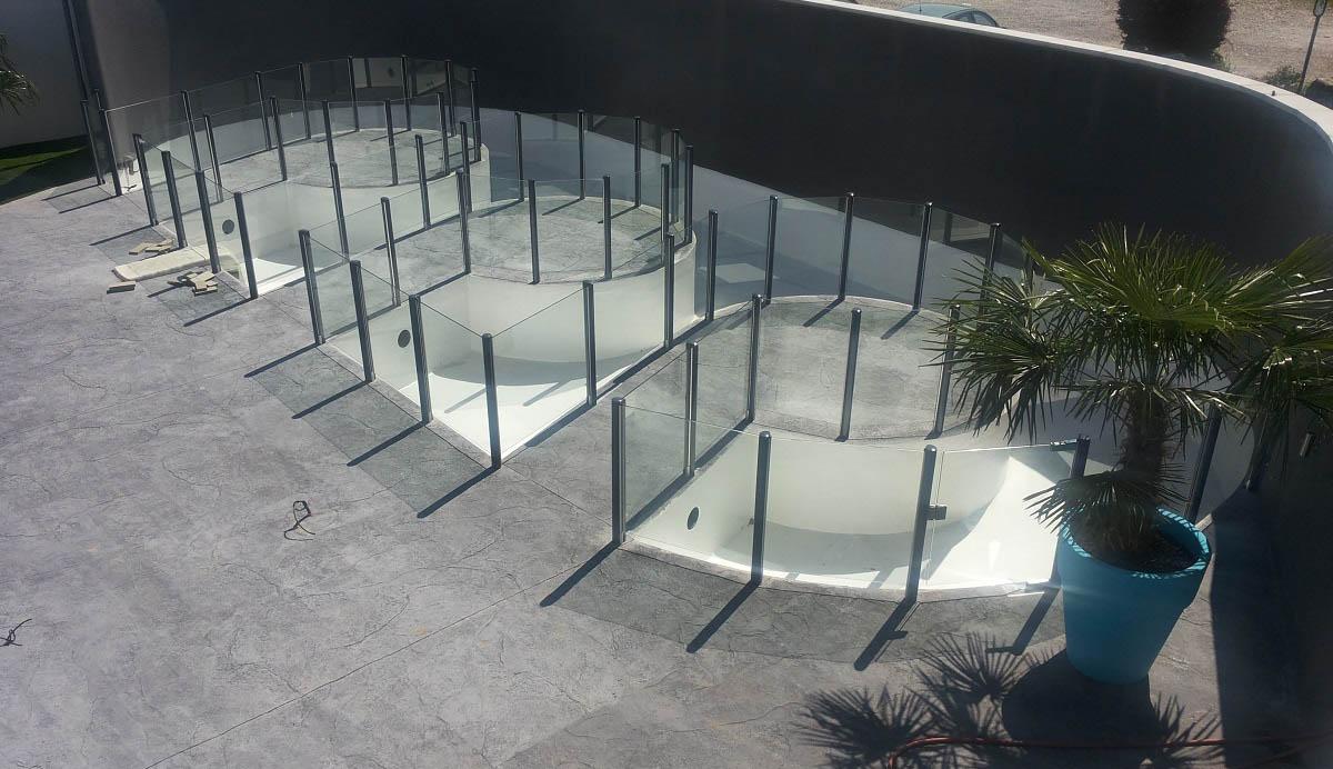 Barriere transparente piscine verre lyon