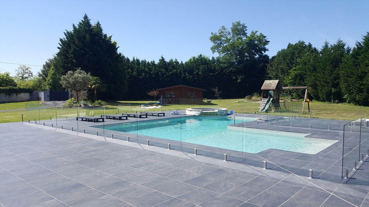 Barriere transparent piscine verre medoc