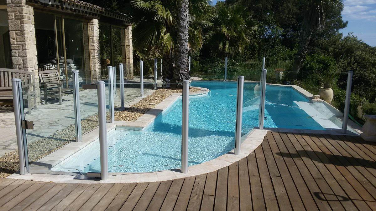 barriere piscine transparente verre nimes