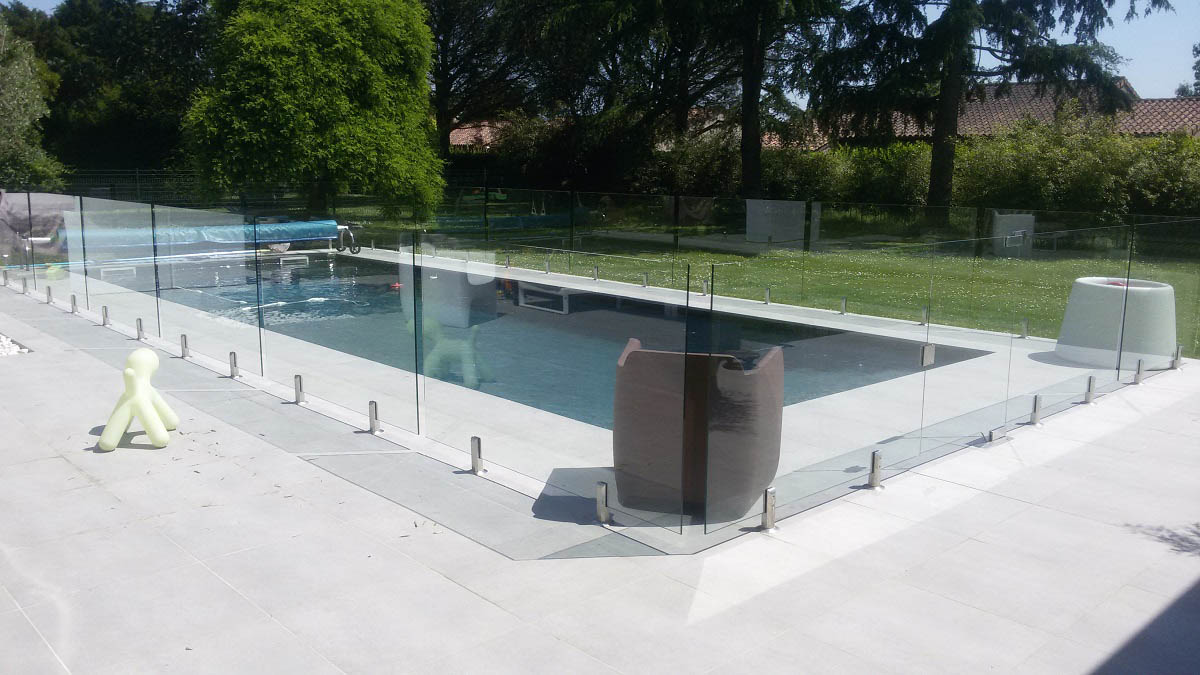 barriere piscine verre sans poteau toulouse