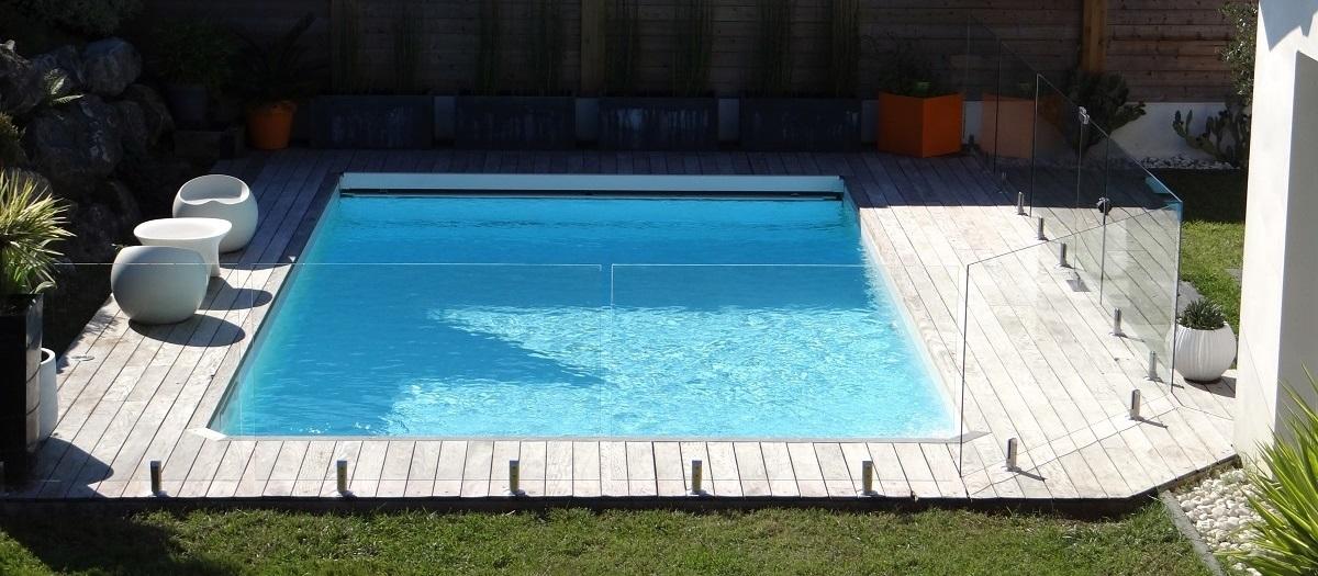 Barriere de piscine en verre Bayonne bandeau
