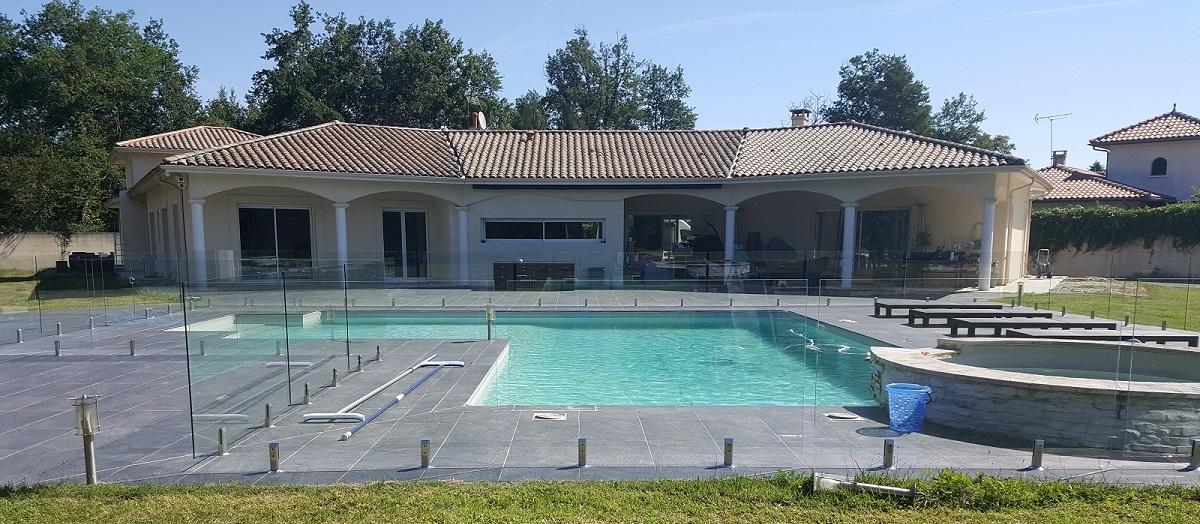 Barriere transparent piscine verre medoc bandeau
